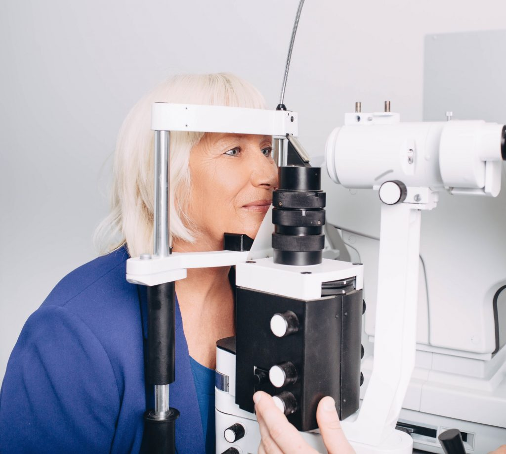 Cataract-Surgery-In-Los-Angeles-Can-Correct-Your-Vision