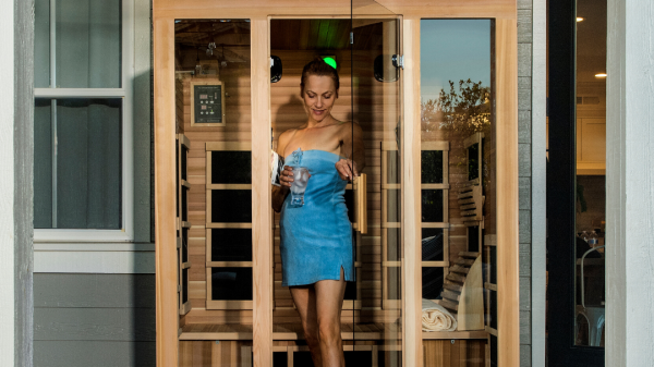 Routinely-use-a-far-infrared-sauna-to-reduce-the-pain-caused-by-muscular-atrophy