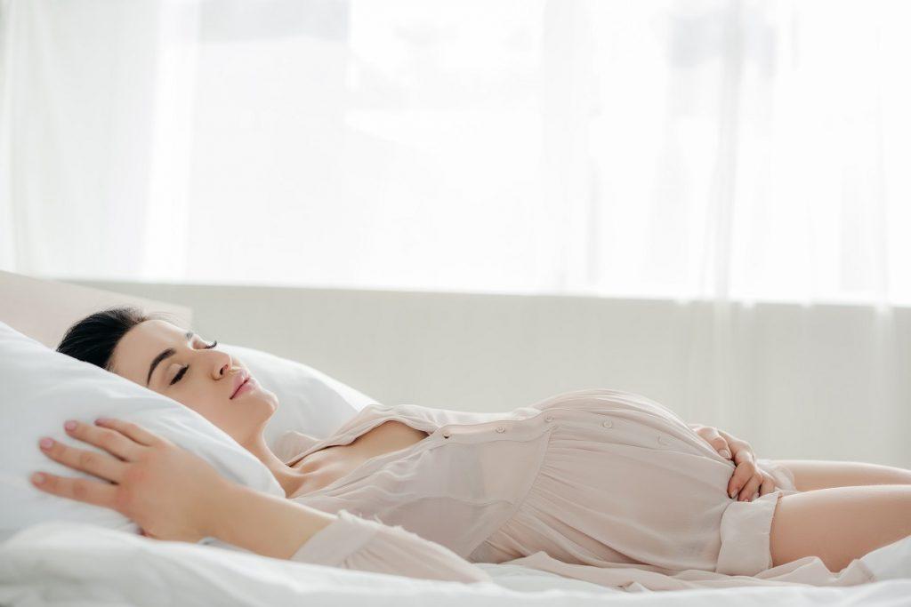 How-Pregnant-women-can-Improve-Sleep-on-their-Orange-County-Mattress